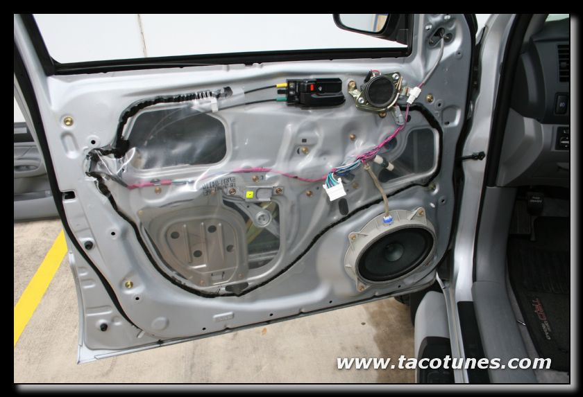 Suzuki Swift Rear Door Panel Removal
