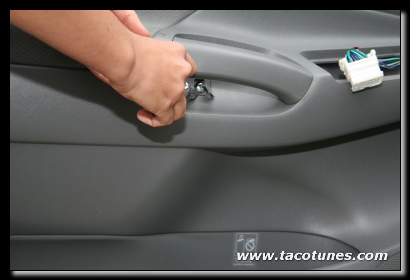 How to remove and install car speaker in 2005-2012 Toyota Tacoma